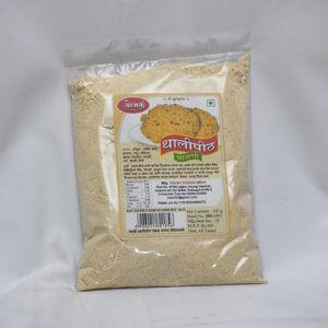 Thalipeeth Bhajani ( थालीपीठ भाजणी )
